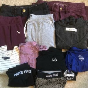 American Eagle Nike XS/S Clothes Bundle